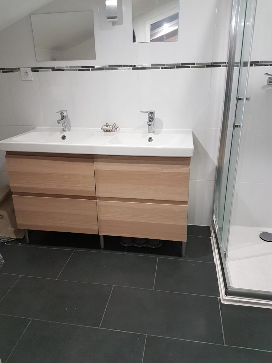 Salle de bain moderne avec douche pibrac ca renovation - Showroom salle de bain toulouse ...