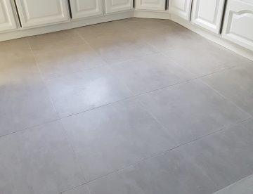 cuisine a renover avec lino au sol