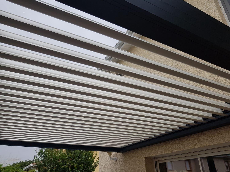 pergola avec toit en metal