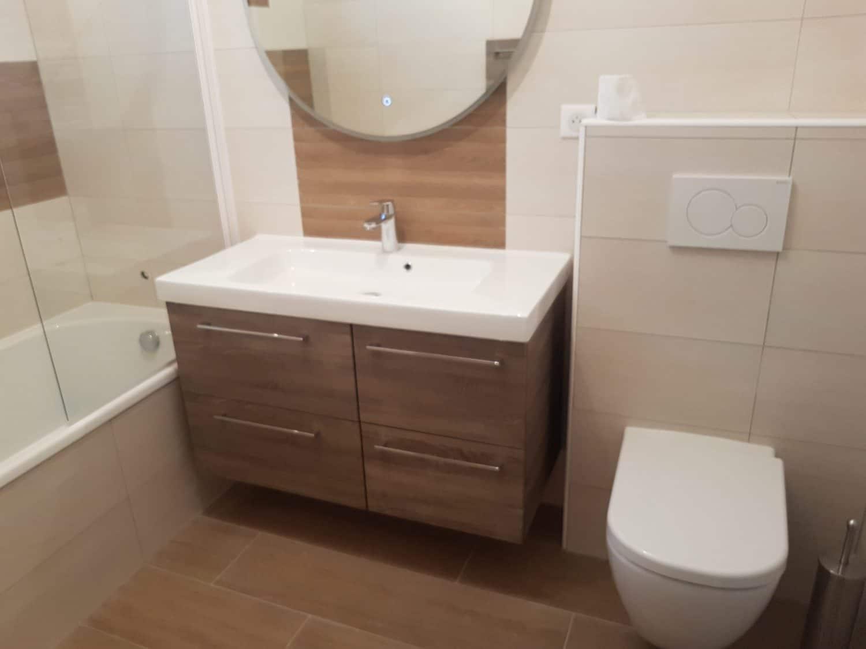 Jolie salle de bain moderne ca renovation toulouse - Showroom salle de bain toulouse ...